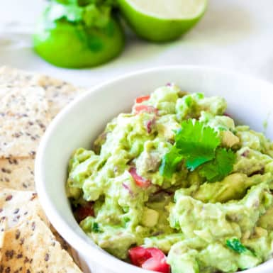 Drop the high fat dip and choose this healthy ,easy, low-carb guacamole recipe that's delicious!