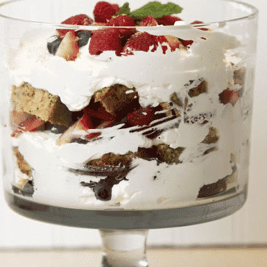 Simple, delicious and stunning: try this triple berry trifle dessert for Easter!