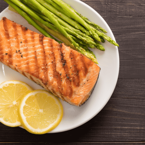 We love these seafood recipes that are light on calories but heavy on flavor!
